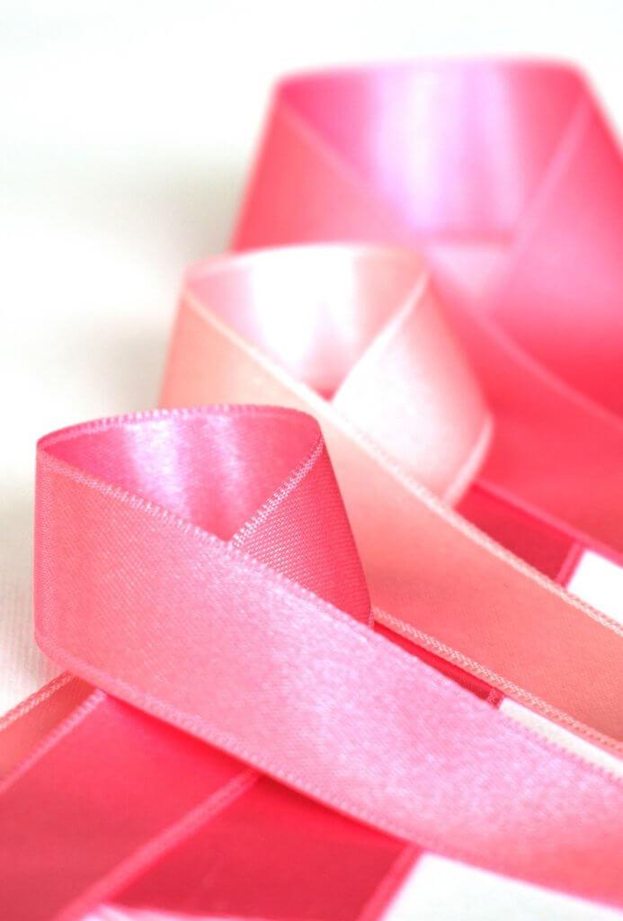 Laços Campanha Outubro Rosa. Câncer de Mama.