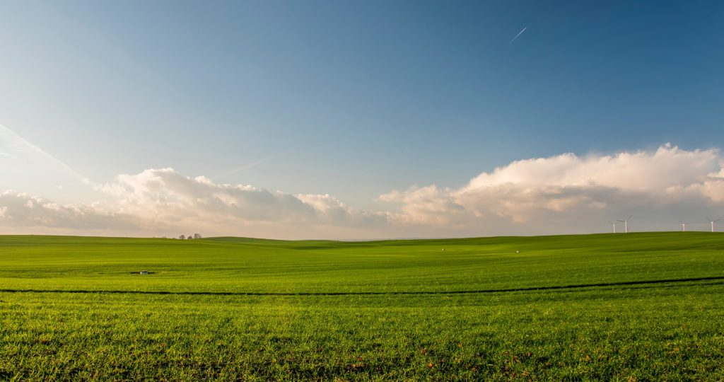 Área de agricultura. É muito importante caracterizar a natureza do Contrato.  Hoje, os Contratos Agrários mais praticados são os de Arrendamento, Parceria Agrícola e de Integração.